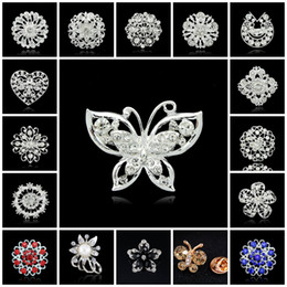 Wholesale Snowflake Brooches Vintage - Brooches For Women Fashion Vintage Rhinestone Brooches Crystal Large Snowflake Winter snow Theme Christmas Brooches Pins