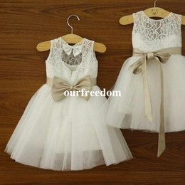 Wholesale Girls Black Top Bow - 2018 Lovely Cute Lace Top Flower Girls Dresses A Line Short Cute Kids Pageant Gown First Communion Dresses Custom Made For Garden Wedding