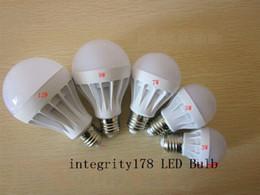 2019 lampadine a buon mercato a buon mercato all'ingrosso 3W 5W 7W 9W 12W 15W Lampadine LED LED Globe Light Risparmio energetico Ac220V E27 Lampada led dimmerabile Diretta della fabbrica 3 anni di garanzia 5730 luci led