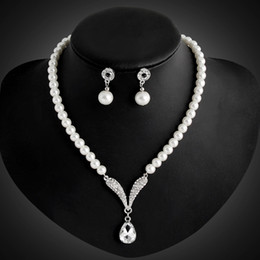 Wholesale Pearl Bridal Earings - Cheap Diamante Silver Plated Alloy Tone Imitated Pearl Jewelry Set Rhinestone Crystal Necklace and Earrings For women Earings for Bridal