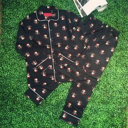 Wholesale Couple Pajamas Set - 17FW S Sleepwear Sets Christmas Limited Pajamas Skull Head Men Women Couple Fashion Pajamas Casual Top+Pants HFLSSY001