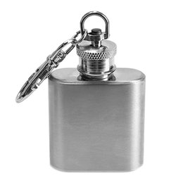 Wholesale Mini Hip Flasks - Portable 1oz Mini Stainless Steel Hip Flask Alcohol Flagon with Keychain