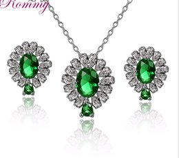 2019 zircão de jóias de cristal coreano Moda Zircão Diamante Verde Brincos De Cristal Colar Conjunto de Flores de Lágrimas conjuntos de Jóias Coreano Ear stud Sautoir para As Mulheres zircão de jóias de cristal coreano barato