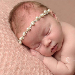 Wholesale Child Hairbands Pearls - Beautiful Pearl Baby Headbands Diamonds New-born Girls Hairbands White Color Newborn Head Band Children Hair Accessories Y131
