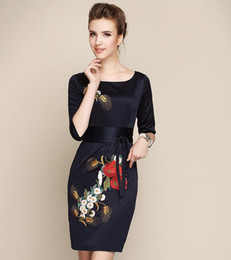 Wholesale Long Sleeved Cheongsam - Wholesale-new 2015 summer autumn women vintage upscale gown embroidered cheongsam long-sleeved party dress Plus size Dinner dress # 021