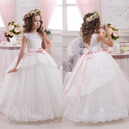 Wholesale Little Girls Elegant Dresses - Elegant Lace Ball Gown Little Bridal Flower Girl's Dresses For Wedding Party Princess Ruffle Bow Floor Length Tulle Pageant Dresses