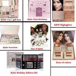 Wholesale Eyeshadow Mixed - 2017 Kylie Vacation Edition Bundle Makeup set I WANT IT ALL The Birthday Collection Makeup Set Eyeshadow Palette Charming Lip Gloss 12sets