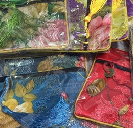 Wholesale National Handicraft - Embroidery silk small purse Quartet wallet Chinese style National characteristics of handicrafts and Exquisite gifts Souvenirs 14