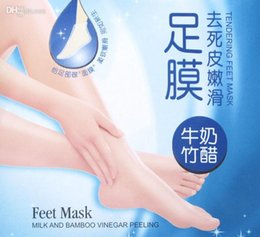 Wholesale Pack Milk - ROLANJONA Foot Mask For Feet Peeling Tendering Dead Skin Exfoliator Remover Baby Milk Bamboo Vinegar Peeling Feet Mask 7pairs pack(14pcs)