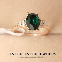 Wholesale Solitaire Emerald Rings - Rose Gold Color Austrian Crystal Green Emerald Erstwhile Memory Retro Design Lady Finger Ring Wholesale 18krgp