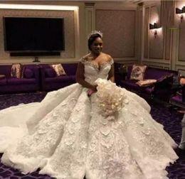 c2baad344614 2019 abiti da sposa in cristallo di lusso del sequin New Luxury Ball Gown  Abito da
