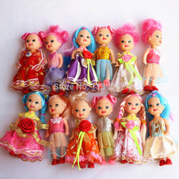 Wholesale Wholesale Kelly Dolls New - Wholesale-10 Pcs Kelly and friends Family dolls with Pretty Dress Clothes Baby Toy Free Shipping Girls Birthday Gift New 2015