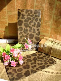 Wholesale Leopard Paper Gift Bags - Wholesale Free Shipping Size 23x12x7.5 Gift Paper Bags shopping leopard print Kraft Promotion bag clothes bags 50pcs lot