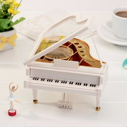 Wholesale Girls Piano - Elegant Piano Design Musical Box Romantic Ballet Girl Style Music Case Christmas New Year Party Gift Favors sw308