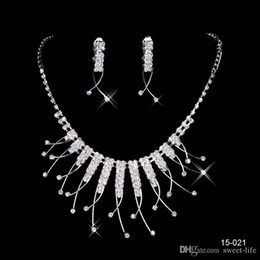 Wholesale Round Setting - 2017 Cheap 15021 Sale Holy Rhinestone Crystal Flower Earring Necklace Set Bridal Party Lobster Clasp Cheap Jewel Sets for Prom Evening Women