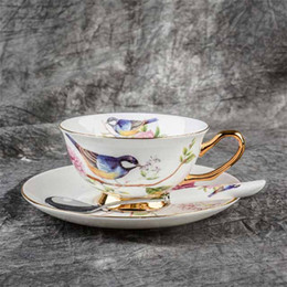 Wholesale China Porcelain Tea Cups - Europe Noble Bone China Coffee Cup Saucer Spoon Set 200ml Luxury Ceramic Mug Porcelain Tea Cup Tray Cafe Party Drinkware Gift (02)