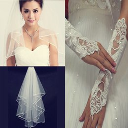 Wholesale Cheap White Gloves Wholesale - Cheap 2pieces White Or Ivory Cheap Wedding Veils With Comb Pearls Gloves