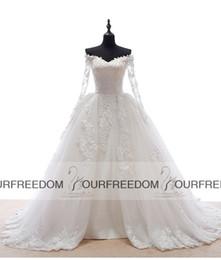 Wholesale Vestido Dubai Bridal - Robe De Mariage 2016 Fashion Wedding Dresses With V-Neck Long Sleeves Court Train Appliques Arabic Dubai Bridal Gowns Vestido