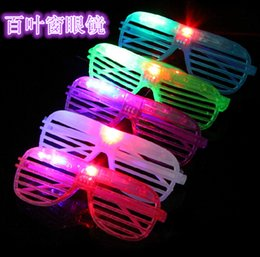Wholesale New Years Led Glasses - Blinking LED Shutter Eye glasses Party Light Up Flashing Novelty Gift LED Flashing Light Up Glasses Halloween toy Christmas Party supply