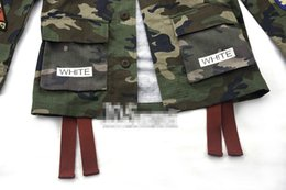 Canada chapitre gros-Freeshipping Kanye l'Europe UnitedStates 2016 logo populaire off white13 twillcamouflage hommes bâton manches longues veste de chemise Offre