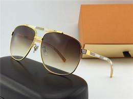 Wholesale Best Leather Coats - Z0657U 2018 Latest Sunglasses Classic Vintage Fashion Metal Sunglasses Leather Legs Designer The Best Quality Ladies Men's Sunglasses