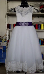 Wholesale Keyhole Top - 2015 Flower Girl Dresses Real Photos with Keyhole Back and Lace Top and Puffy Princess Skirt