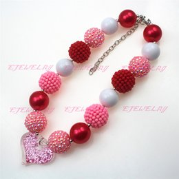 Wholesale Chunky Heart Necklaces - red pearl beads red&pink resin waxberry beads pink rhinestone beads pink Valentine's Day heart chunky Bubblegum statement necklace CB610