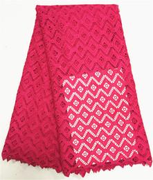 Atacado cor pura guipure Africano tecido de renda para o vestido de casamento, frete grátis cordão bordado tecido de renda cheap wholesale embroidered lace de Fornecedores de laço bordado por atacado