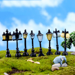 Wholesale Miniature Light Lamps - 8pcs Antique Imitation Resin Craft Street Lamp Lighting Fairy garden home Miniature terrarium decoration Jardin microlandschaft