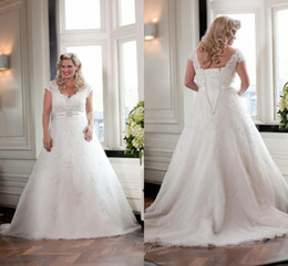 Wholesale Dress Size 18 Sleeves - Sexy Cap Sleeve V-Neck A-Line Beaded Lace Plus Size Wedding Dresses Bridal Gowns Custom Size 4 6 8 10 12 14 16 18++