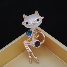 Wholesale South Korea Cat - cat lady elegant noble opal crystal diamond brooch Korea collar pin high-end clothing manufacturers custom personalized wholesale and r