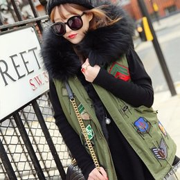 Wholesale Womens Down Vest L - Wholesale-Down Vest With Fur Hood Army Green Vesten Winter Womens Cargo Vest Badge Patch Chalecos Black Fur Doudoune Sans Manche Femme