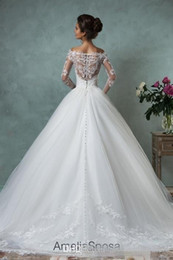 Wholesale Sposa Wedding Dress - Amelia Sposa 2016 Lace Wedding Dresses Long Sleeve Bridal Ball Gown Plus Size Sexy Vintage Cheap V-Neck Arabic Sheer Wedding Dress