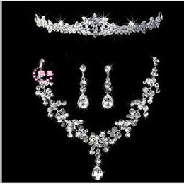 Wholesale Bling Eyes - New arrival Luxury Eye Catching Shining Bling Crystals 2015 Wedding Party Bridal Bridesmaid Tiara Crown Necklace And Earrings Jewelry Set ZY