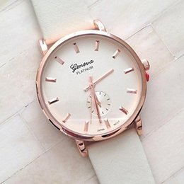 Wholesale Assorted Women Watches - Wholesale-Women Watch Vintage Belt Diamond Two and A Half Quatz Watch Assorted Colors D0304 #01946885