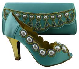 Canada Élégant chaussures à talons hauts correspondent à la série de sacs avec de grandes perles décorées chaussures africaines et ensembles de sacs à main pour la fête 1308-L59 vert de l'eau cheap matching shoes handbags sets Offre