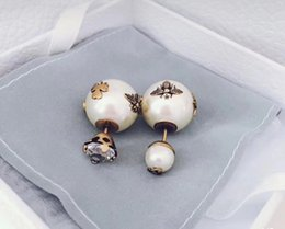 Wholesale Decorating Charms - New arrival Top brass material paris design earring with nature pearl and bee decorate stamp logo charm stud earring for women jewelry gift