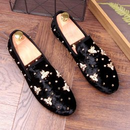 Wholesale Gold Glitter Wedges - Fashion Gold Spikes Glitter Men Loafers Smoking Slipper Casual Shoes Wedding Dress Men's Flats Genuine Leather