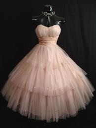 Vintage 50's Shell Pink Vestidos de baile Sin tirantes Lentejuelas de tul Longitud del té Vestido de regreso a casa Vestido de fiesta Vestidos de fiesta de boda desde fabricantes