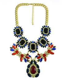 Declaração colares europeus on-line-Estilo europeu banhado a ouro liga cadeias de cristal ajustável strass gota flor choker declaração colar