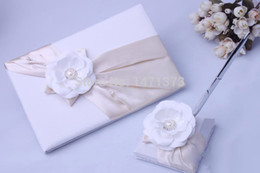 Wholesale Guestbook Sets - 2015 Baby Shower Free Shipping Beautiful Champange White Flower Satin Wedding Guestbook And Pen Set Decoration Ceremony Supplies