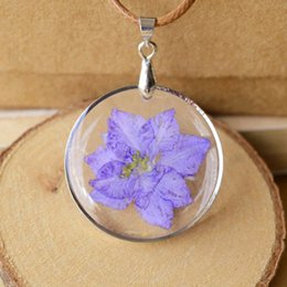 Wholesale Glamorous Days - Glamorous Women Dry Violet Flower Necklaces 3*3cm Round Glass Real Flowers Pendants Best Friends Valentines Jewelry Necklaces nxl049