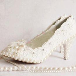 Wholesale beautiful dance shoes - Plus Size White Wedding Shoes Women Lace High Heel Shoes Beautiful Lace Bridesmaid Shoes Middle Heel Party Dancing Shoes