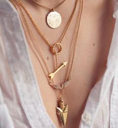 pendentifs mens asiatiques Promotion Alliage de style européen plaqué or glands rivet ailes collier