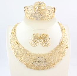 Bijoux africains définit la mode plaqué or 18K fleur strass collier bague Bracelet boucle d'oreille mariée partie de mariage ? partir de fabricateur