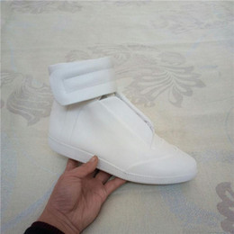 Wholesale Day White 38 - 2018 All white Kanye West High Top real Leather Mens Shoe Fashion ankle boots 38-47