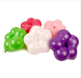 globos en forma de flor Rebajas Globos del quincunx de la forma de la flor del ciruelo de la flor del envío libre para la decoración del partido Juguete