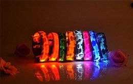 Wholesale Camo Small Dog Collars - 2015 hot Camo Dog LED Collar Pet Glow Collars Flashing Nylon Light Up Satety Collar for dogs 8 Colors Size S M L XL