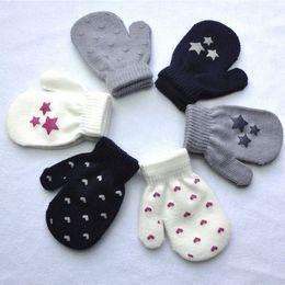 Wholesale Toddler Knitting Patterns Boys - 1PAIR Cute Toddler Kids Dot Star Heart Pattern Glovers 3-6Y Mittens Boys Girls Soft Knitting Warm Gloves Fashion