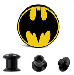 Argentina Venta al por mayor 64 unids / lote negro UV acrílico tapones para los oídos tapones roscados Fit Ear Gauges - Batman Logo # 2 Mix 8 tamaños 4MM-16MM supplier wholesale 16mm plugs Suministro